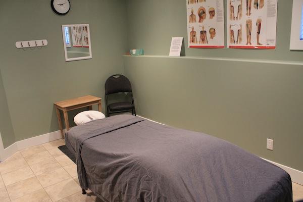 massage_table_room